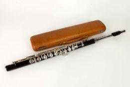 QUERFLÖTE, Hersteller H.A. Schaff/ Erlbach i.V., 1940er/50er-Jahre, Modell Brillant, Holz,