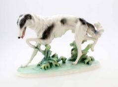 Windhund Barsoi - Keramos WienBarsoi auf Naturplinthe, feine Darstellung der Physiognomie, Wiener