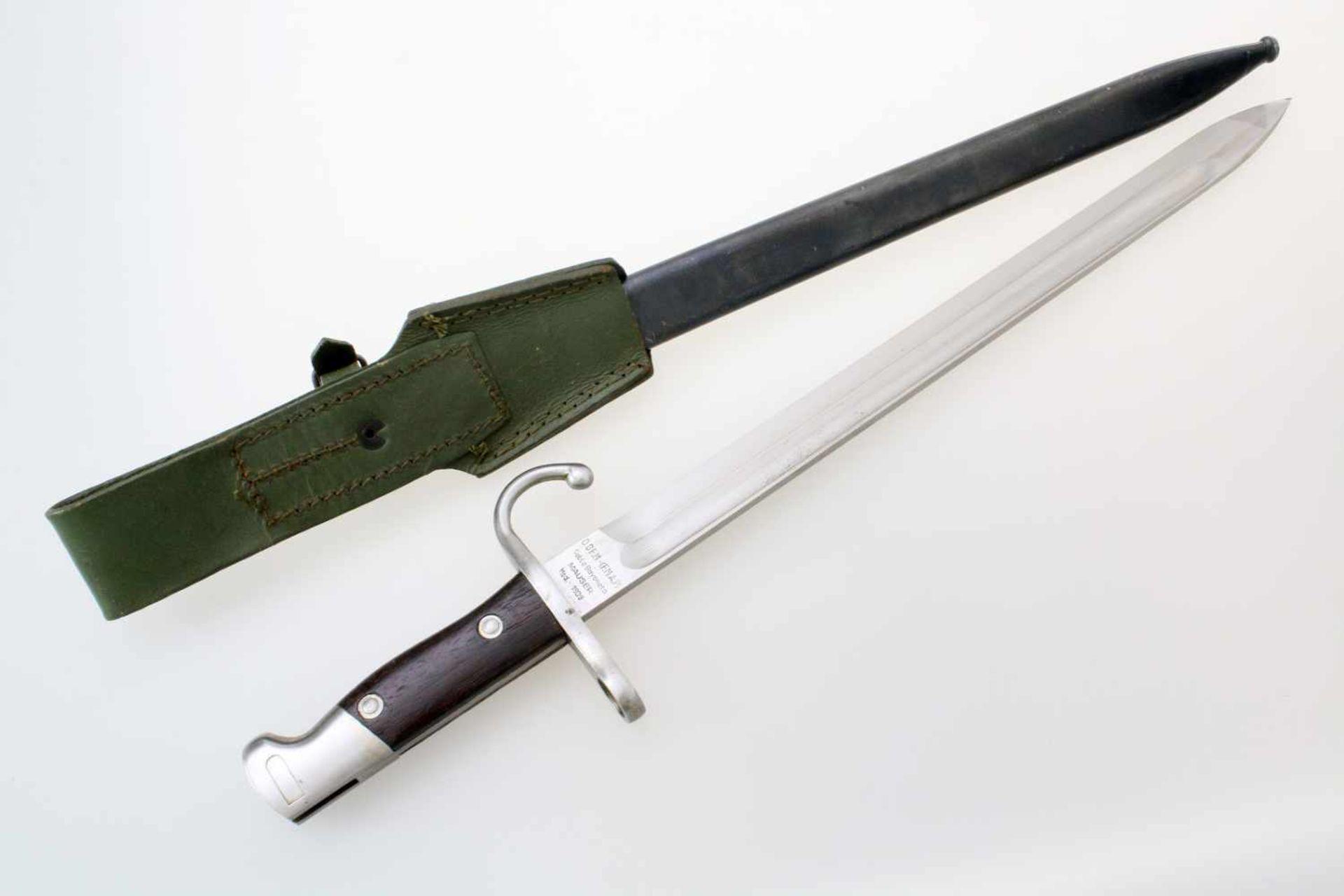 Argentinien - Bajonett Mauser M1909 (Argentinischer Hersteller)Blanke, gekehlte Rückenklinge. - Bild 2 aus 4