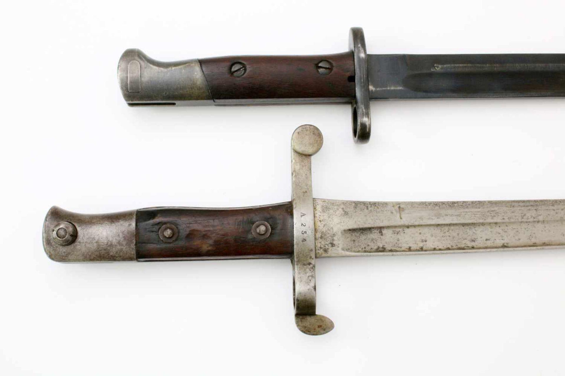 """Portugal - 2 Bajonette1x Messerbajonett M1904, Herst. """"Simson & Co. Suhl"""". Gekehlte Rückenklinge, - Bild 4 aus 4"""