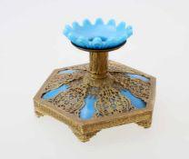 Opalinglasleuchter - 19. JahrhundertBlaues Opalglas, in Messingmontierung, diese fein