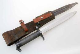 Schweden - Dolchbajonett M1896Schmal gekehlte Dolchklinge, Abnahmen auf Fehlschärfe, Griff