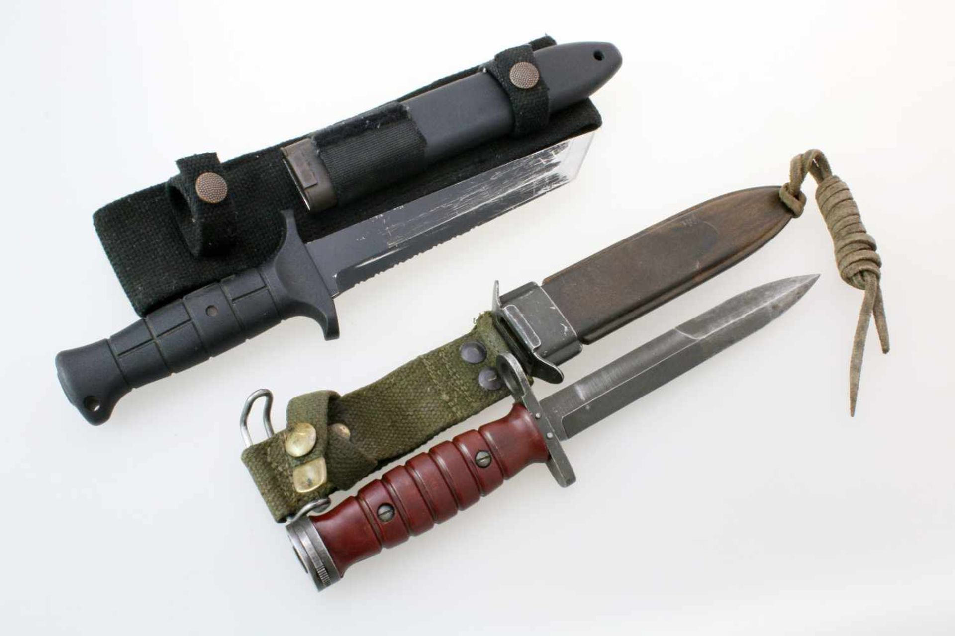 BW Mehrzweckmesser KM2K & Messerbajonett n. Muster M4 zum Carbine M11x BW Mehrzweckmesser KM2K.