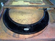 "Starrett 8-9"" Micrometer (Located in Levittown, PA Facility)"