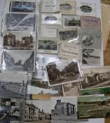 12 British resort souvenir booklets & approx 150 20thC postcards & approx 40 small cigarette cards