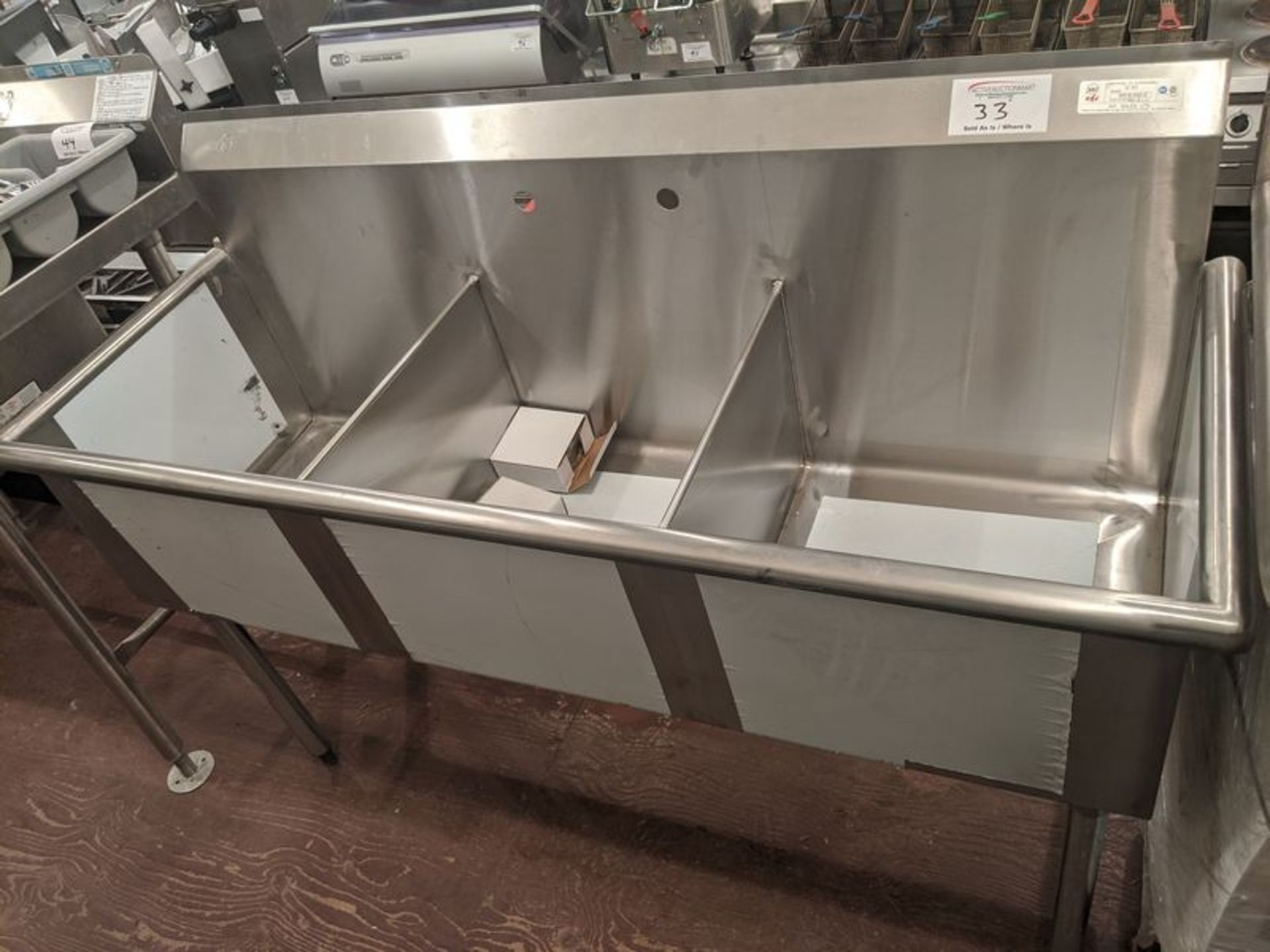 Lot 33 - NEW EFI 3 Compartment Stainless Steel Sink - 56 inches
