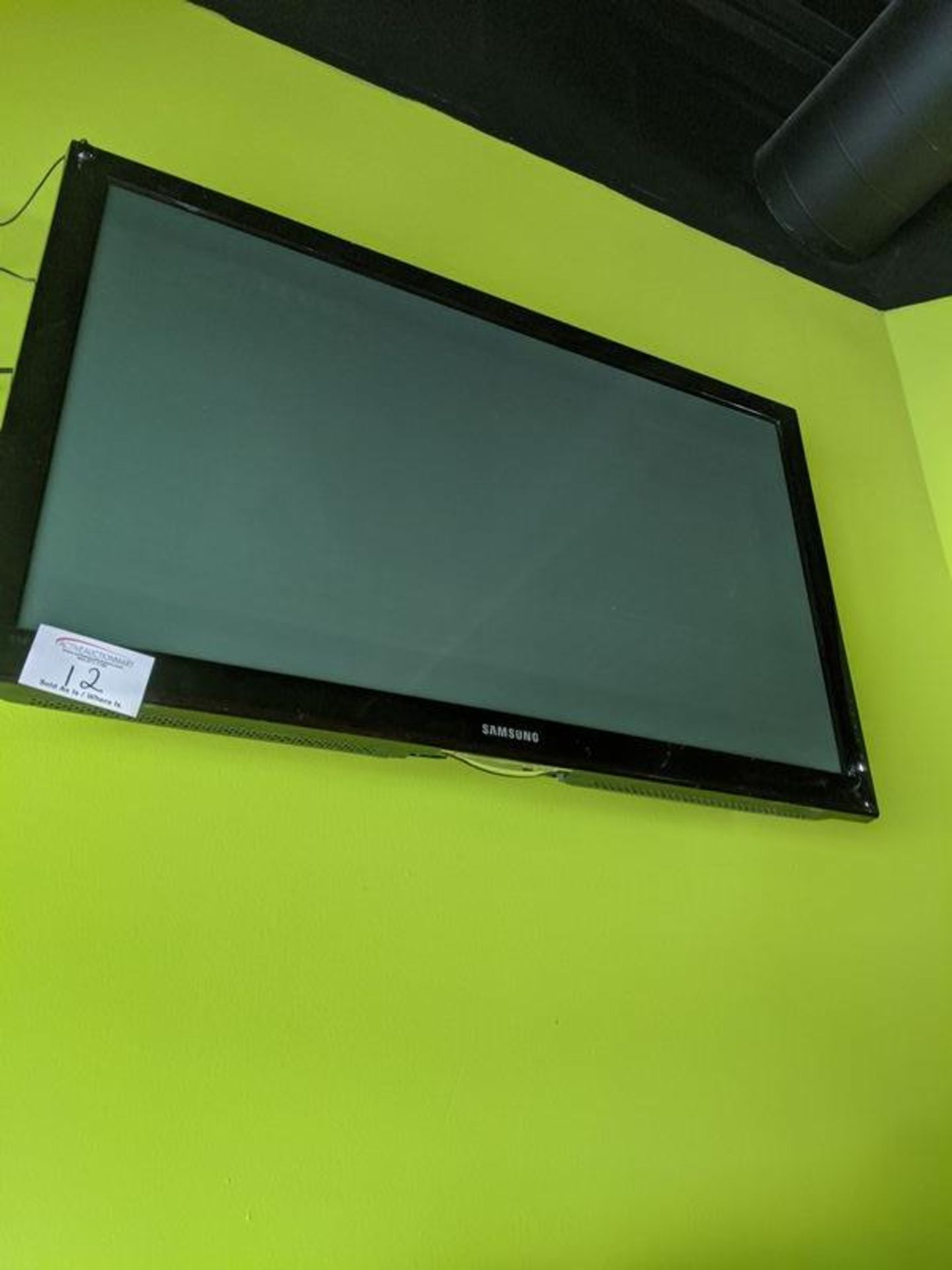 Lot 12 - Samsung TV with Wall Mount