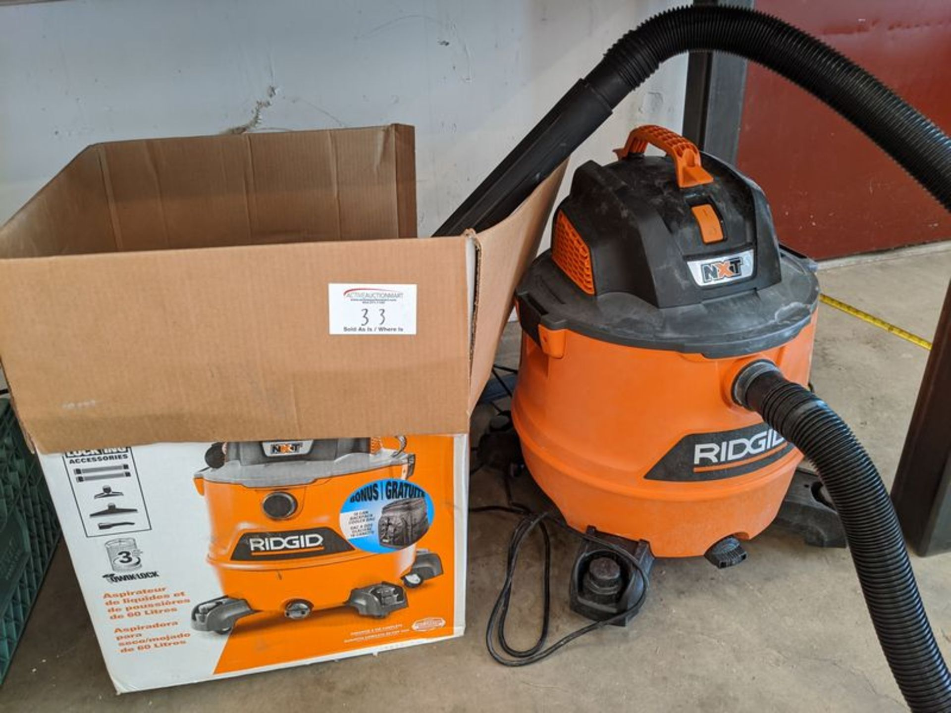 Lot 33 - Rigid Shop Vac