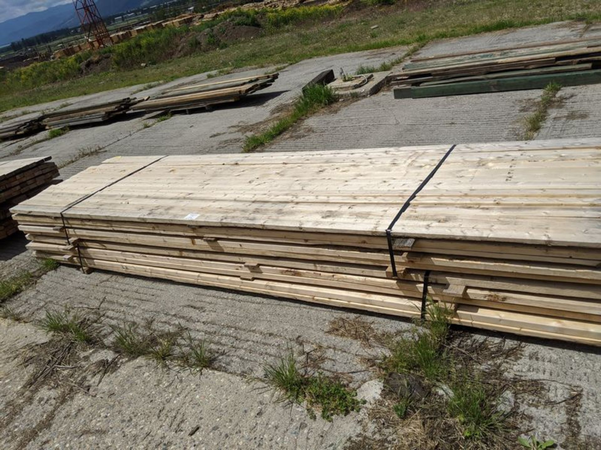 Lot 22 - 2 Slings 2 x 4, Approx. 14 ft