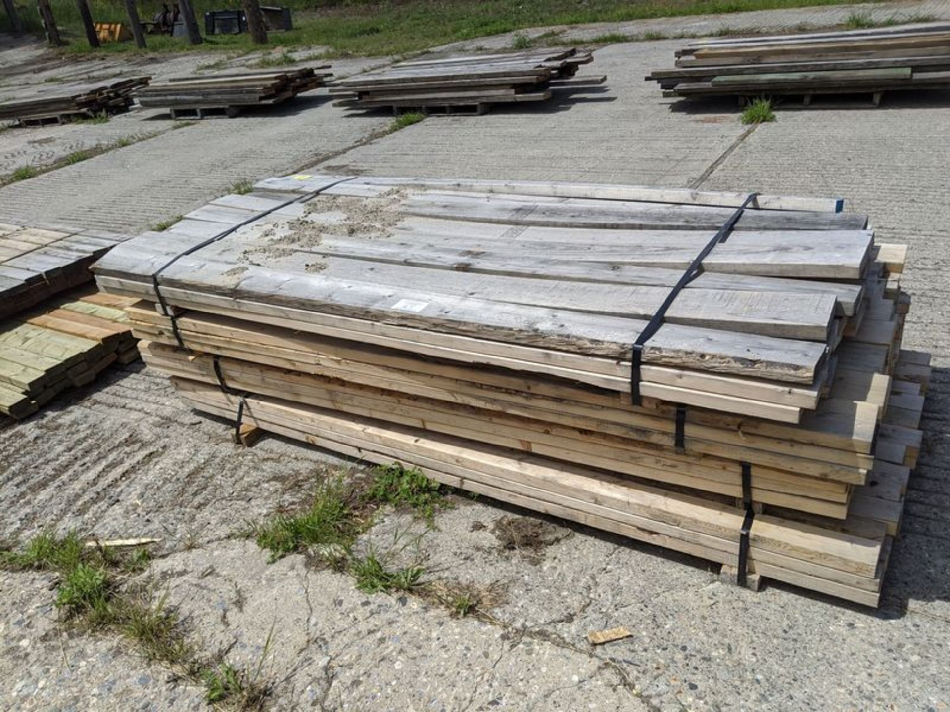 Lot 25 - 2 Slings 2 x 4, 2 Slings 2 x 6, Approx. 8 ft