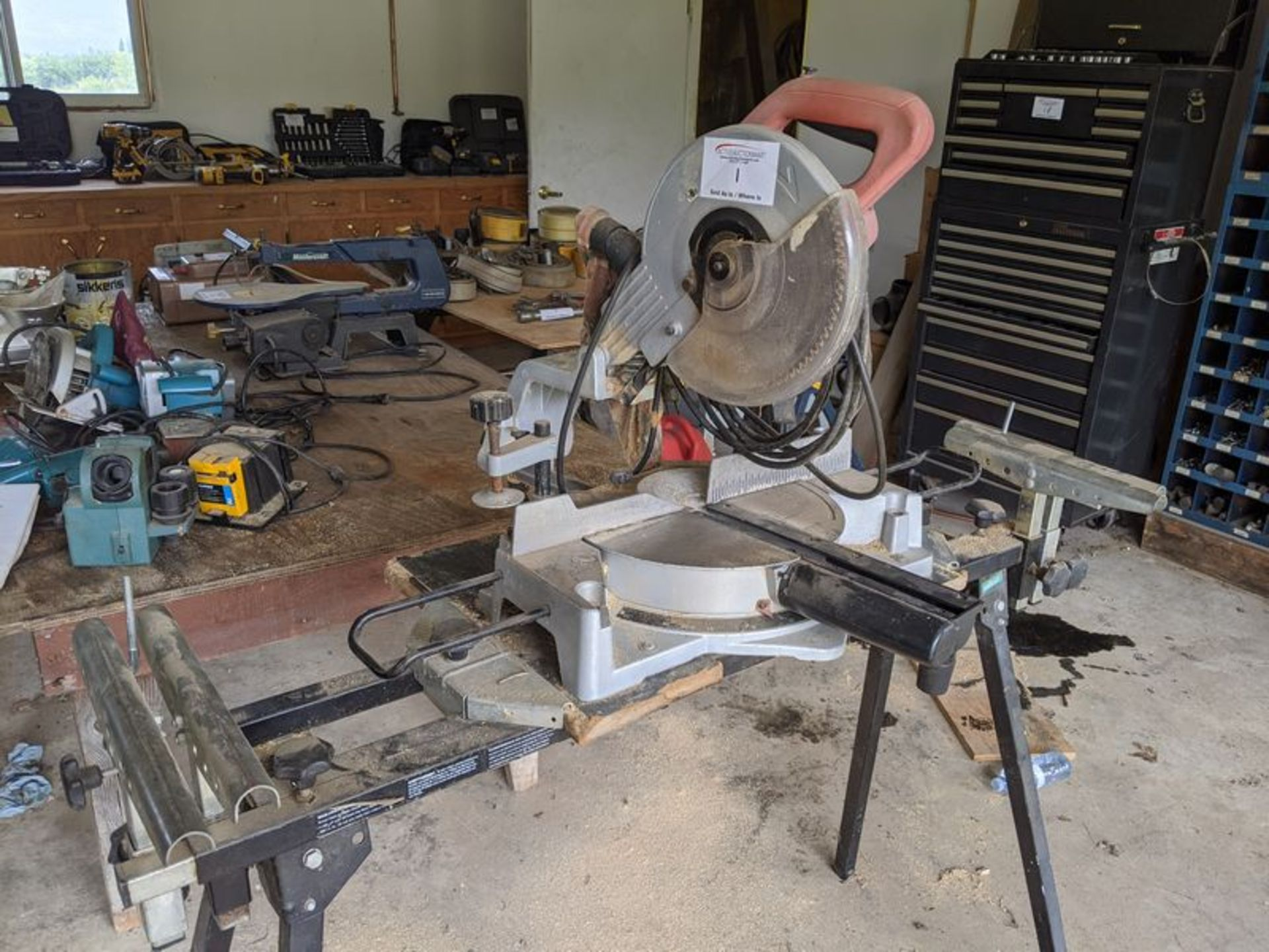 Lot 1 - Cut-off Saw on Stand