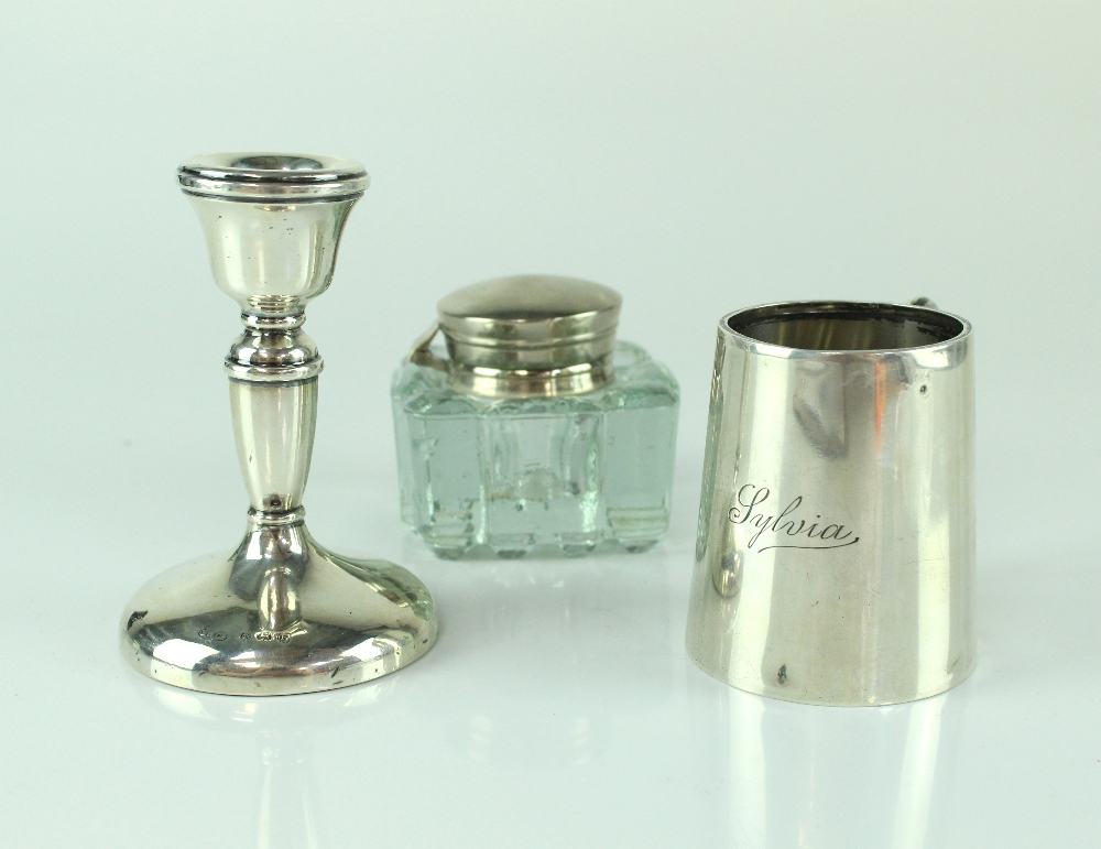 Lot 650 - A George VI hallmarked silver Christening mug inscribed 'Sylvia', height 7cm, Birmingham 1948,