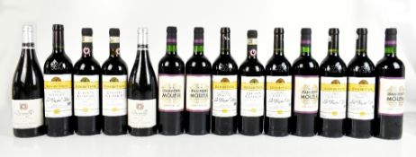 FRANCE; four bottles of Jean-Pierre Moueix Saint-Emilion 2016 and two bottles of Brouilly Pisse