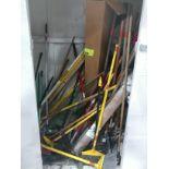 Push brooms, squeegees, long handles