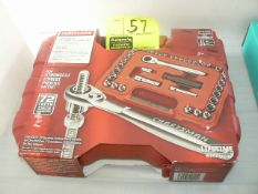 CRAFTSMAN 41-PIECE MECHANIC'S TOOL SET, NEW