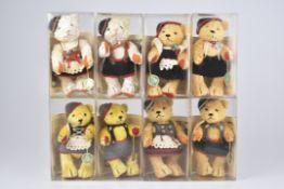 HERMANN '8 Trachtenbären'Museum´s Replica 1933, limitierte Auflage von 1000 Stk., verschiedene