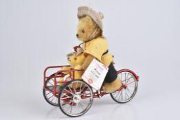 HERMANN 'Chinese'limitierte Auflage 460/ 1000, mit Zertifikat, Mohair, Teddy schiebt kleinen Teddy