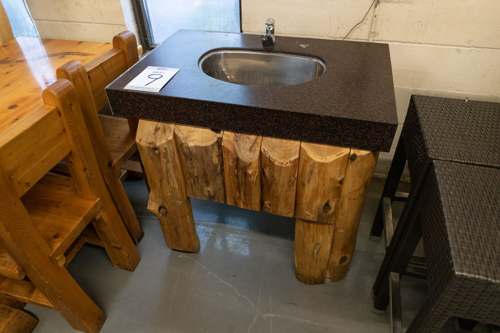 1 FAUCET SINK WITH STEEL FRAME, CORIAN TOP AND WHITE PINE CLADDING H-32'' W-23'' L-36''