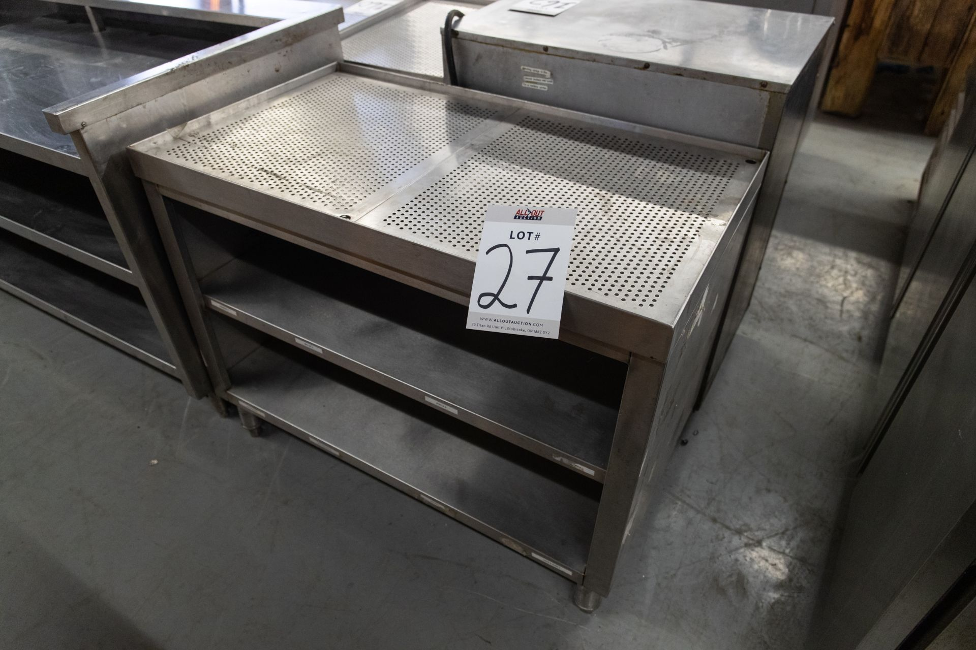 "S.S COUNTER WITH DRAINAGE AND 2 SHELVES - H-31.5"" D- 23.5"" L-40.5"""