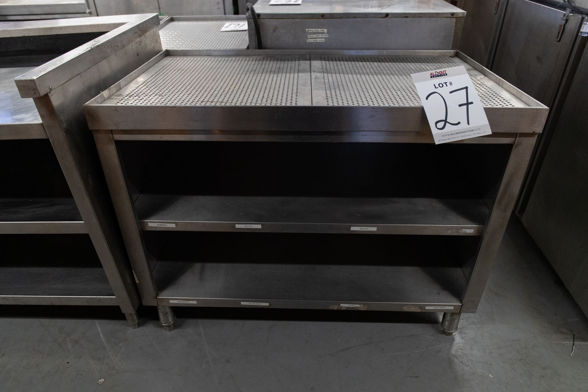 "S.S COUNTER WITH DRAINAGE AND 2 SHELVES - H-31.5"" D- 23.5"" L-40.5"" - Image 3 of 3"