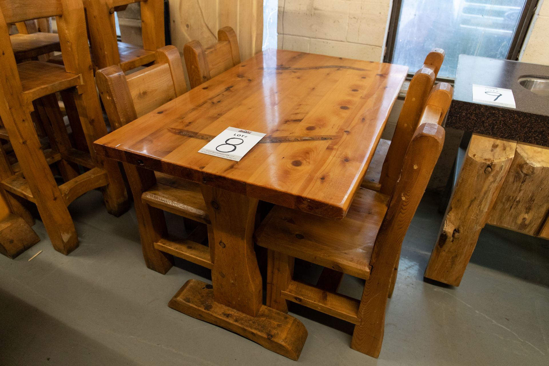 4' WHITE PINE DINING TABLE WITH 4 CHAIRS - L-48'' W-28'' H- 30''