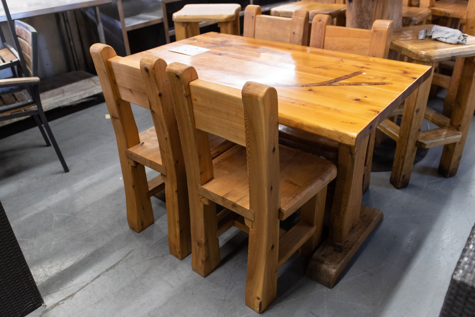 "4' WHITE PINE DINING TABE WITH 4 CHAIRS - L-48"" W-287"" H-30"" - Image 4 of 4"