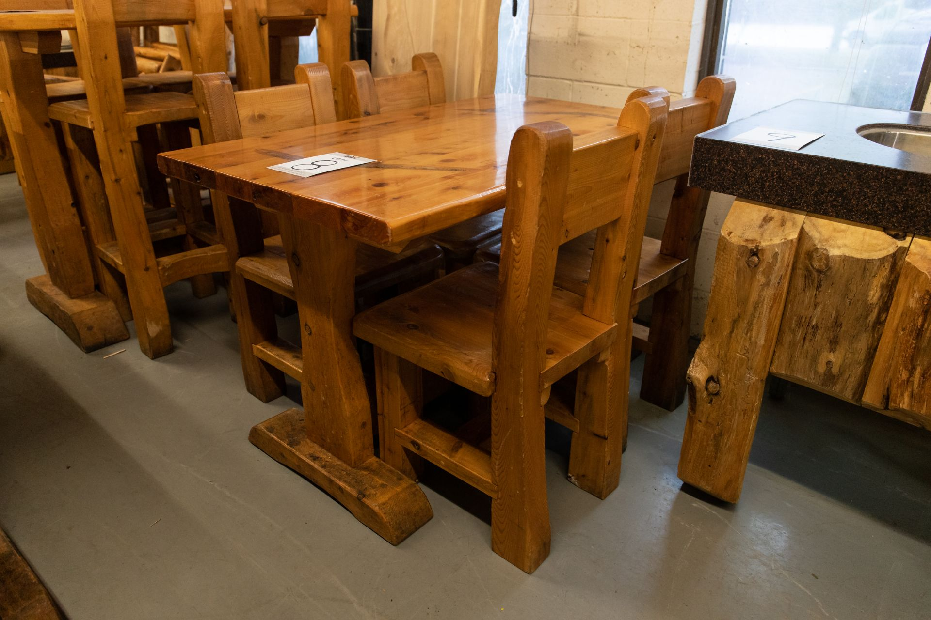 4' WHITE PINE DINING TABLE WITH 4 CHAIRS - L-48'' W-28'' H- 30'' - Image 4 of 4