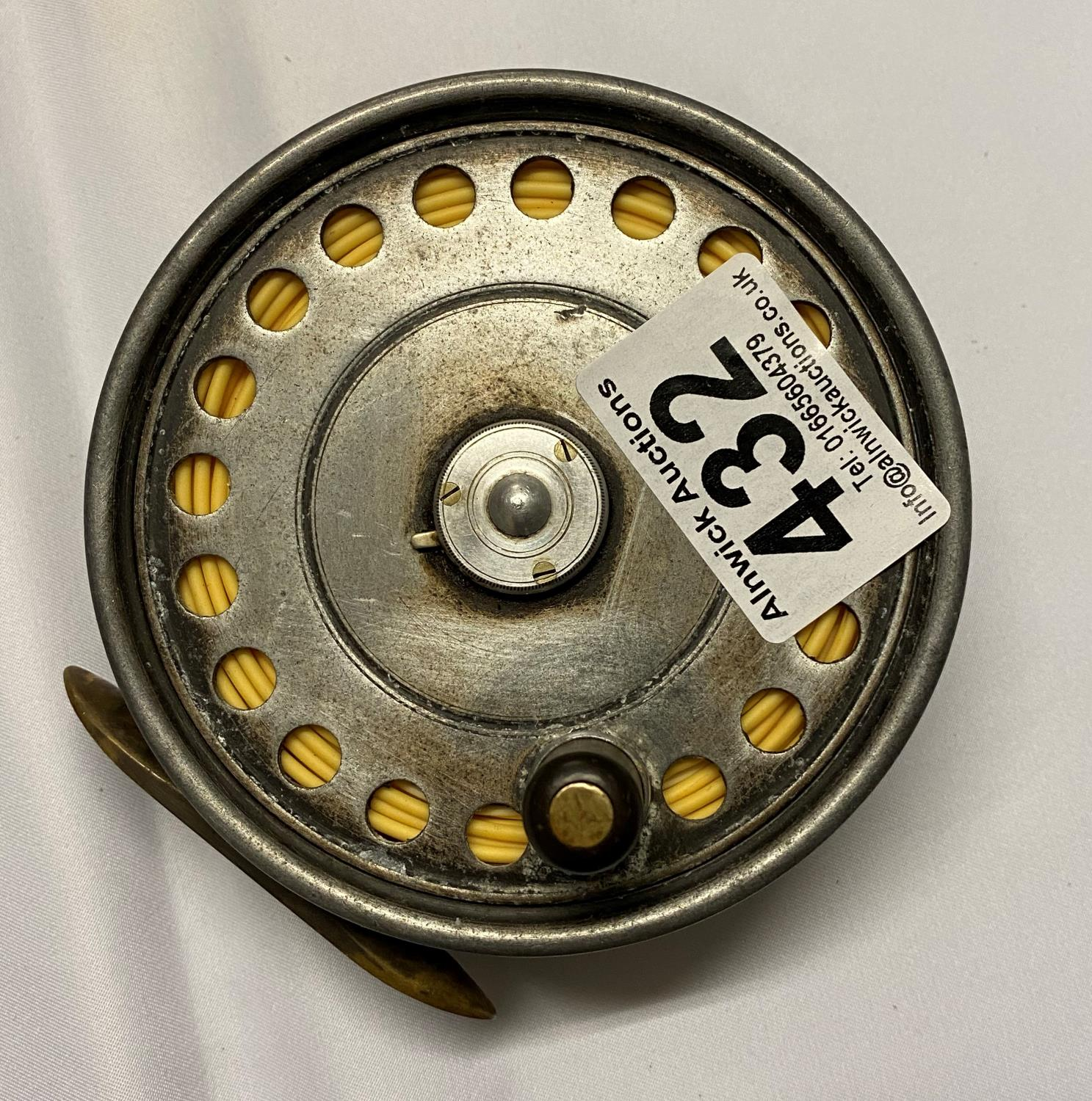 Lot 432 - Hardy's St. John reel size 3 and 7/8ths