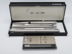 3x Parker pens - 1x fountain and 2x ballpoint