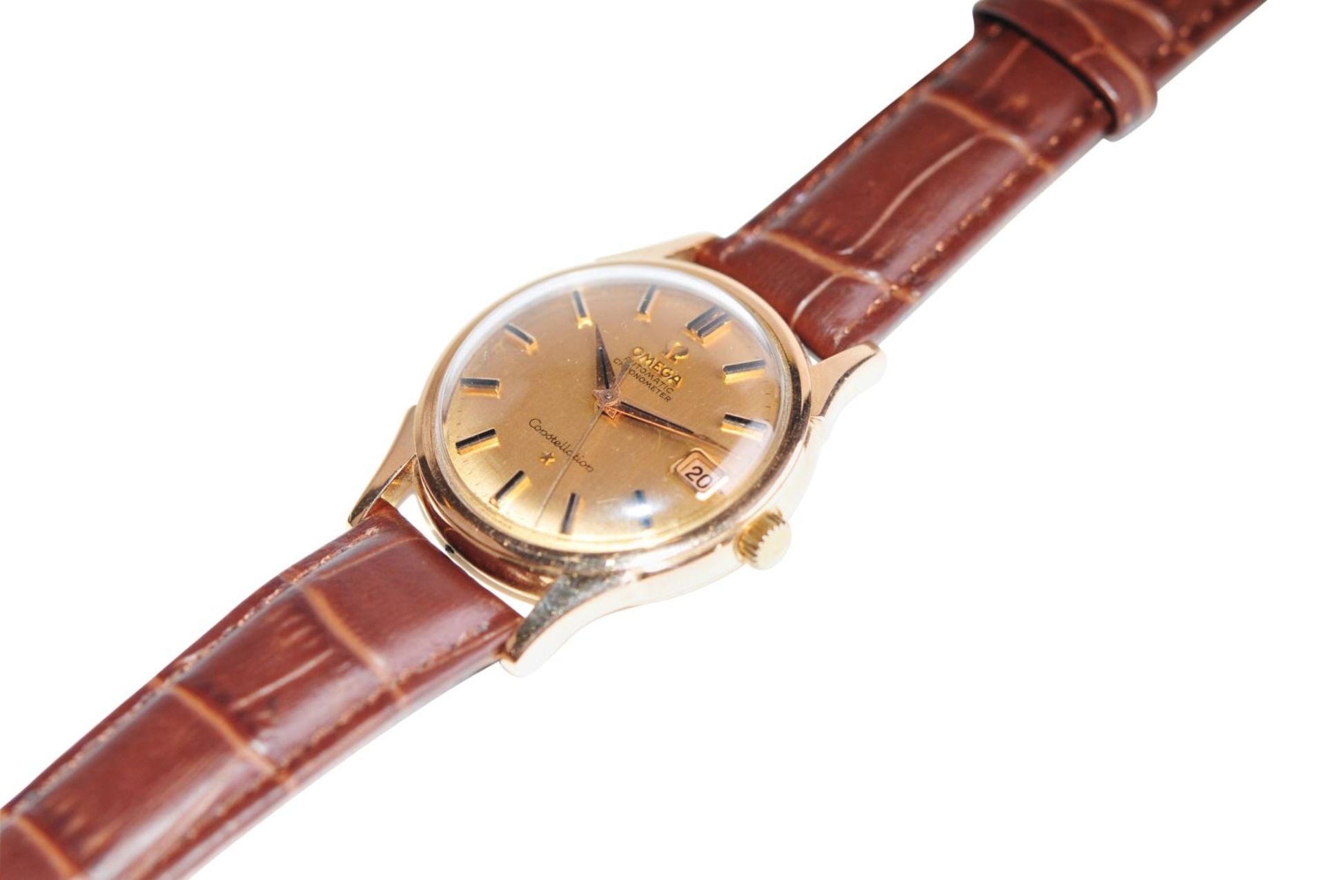 Los 26 - OMEGA ConstellationSolid 18kt rose gold watch with screw back & observatory, automatic movement