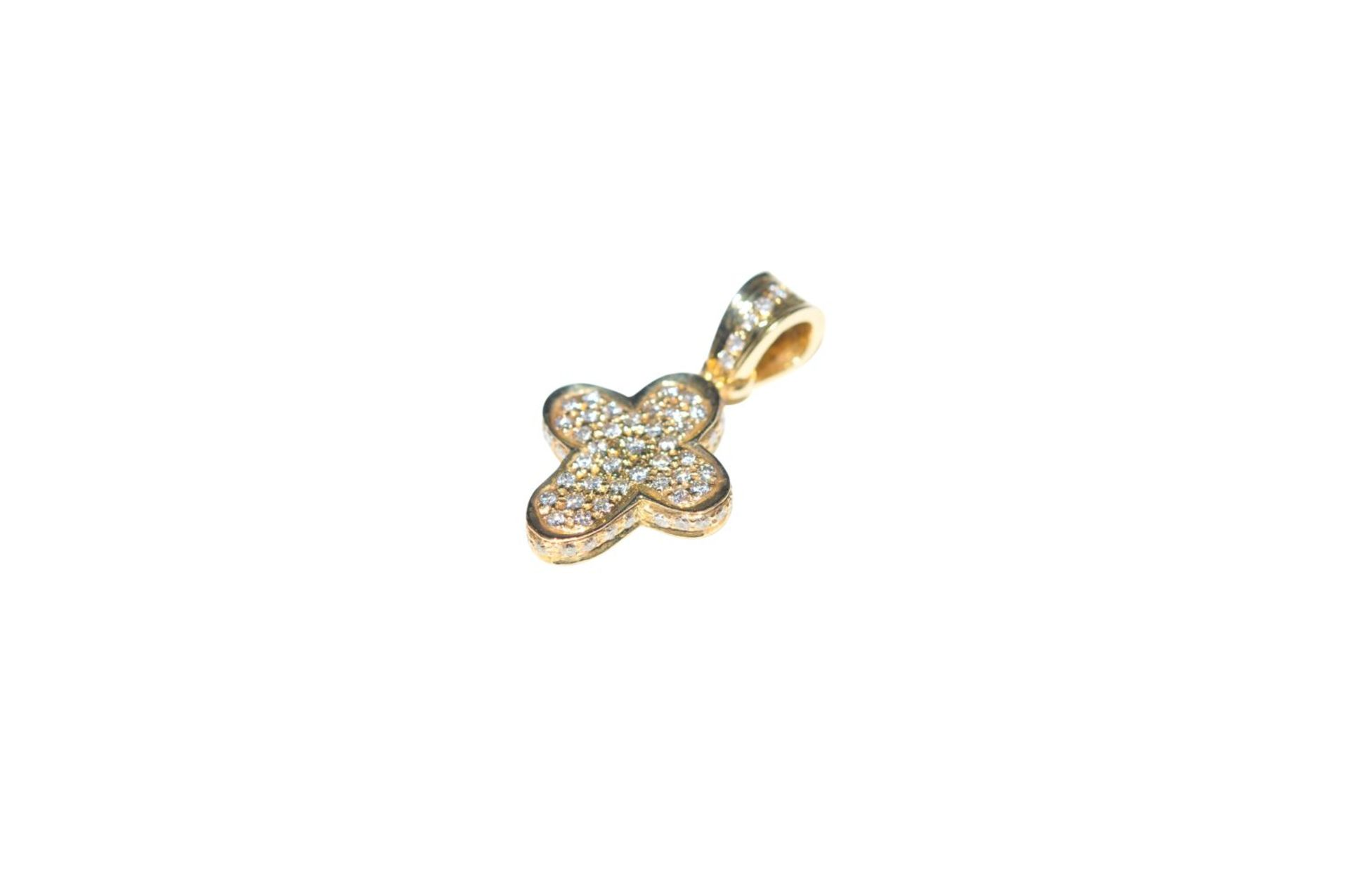 Los 100 - Diamond cross pendantGolden cross pendant, 18kt, with diamonds, approx. 0.92ct, total weight 2.