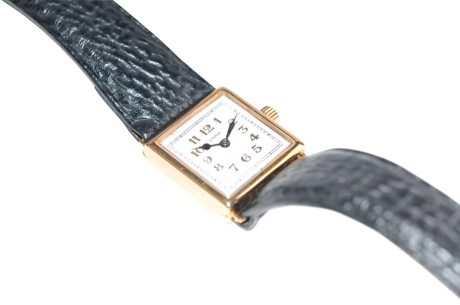 Los 10 - Eterna14 kt gold watch 24x24 mm on leather strap manual windingEterna585/000fein, Golduhr 24x24 mm