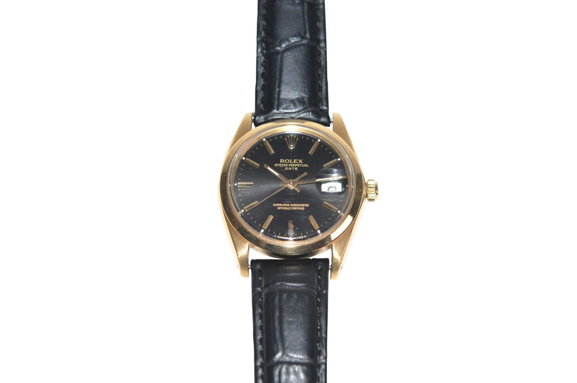 Los 34 - Rolex Date 1500/8 18 kt gold watch with black dial reference 1500/8 with enclosed certificate of