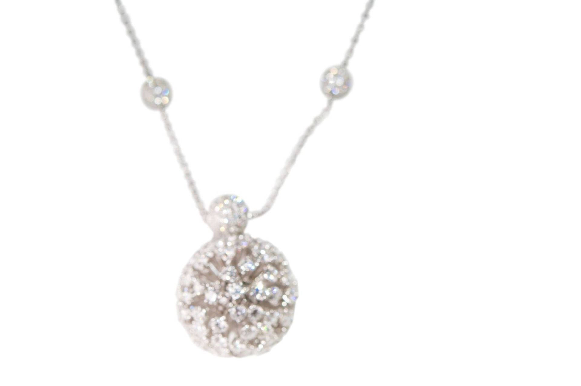 Los 119 - Brillant-Necklace18Kt white gold Necklace with diamonds total carat weight approx.7ct, total