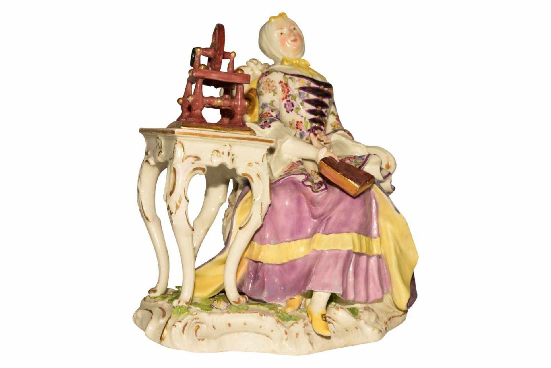 """""""Dame mit Spinnrad"""" Meissen um 1750 - Bild 9 aus 10"""