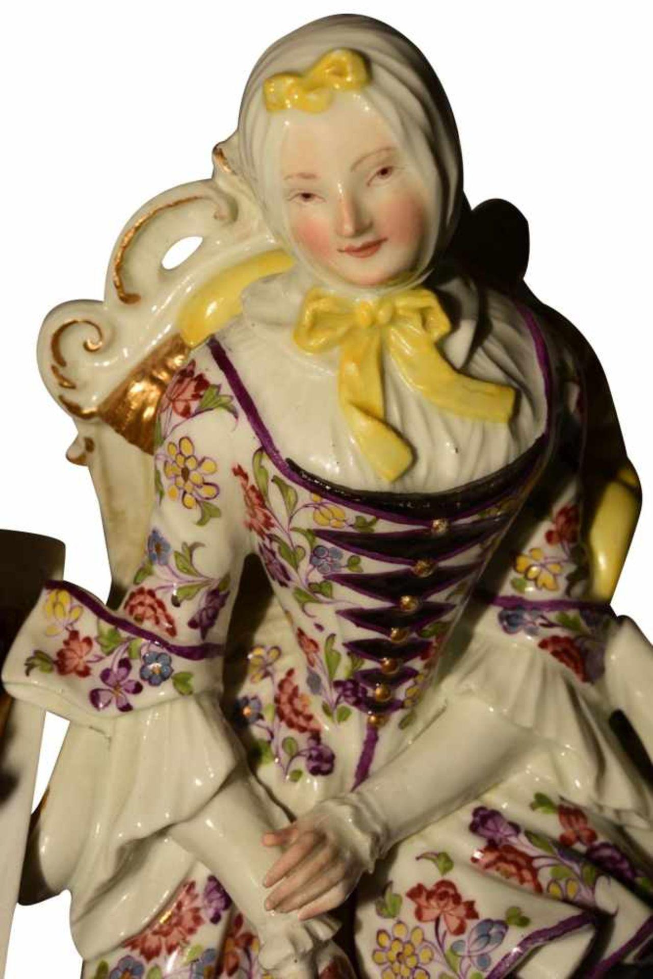 """""""Dame mit Spinnrad"""" Meissen um 1750 - Bild 8 aus 10"""