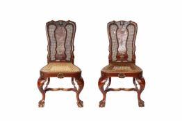 2 chinesische Stühle2 chinesische Stühle mit Flechtung, an einem Stuhl wurde die Flechtung erneuert,