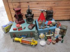 Assorted lot of Automobilia