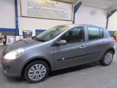 58 08 Renault Clio Expression Turbo
