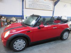 55 06 Mini One Convertible