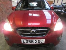 56 06 Kia Carens LS CRDI 7 Seater