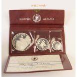 Albanien, Set zu 5+10+25 Leke, 1968, mit Originaletui und Zertifikat, polierte Platte, min. berührt,