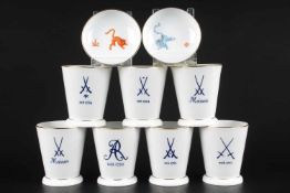 Meissen Porzellan 7 Club-Becher und 2 Schalen, cup / mug and 2 bowls,Porzellan, Freunde des