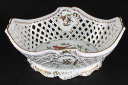 Herend Rothschild - riesige ovale Korbschale, huge oval basket bowlPorzellan, H 17 cm x L 41 cm x