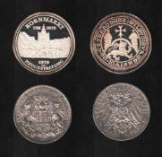 Deutsches Reich. Silbermünze. 3 Mark.Hamburg. J 1911. Vorderseite: Wappen der Stadt Hamburg und
