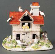 Miniatur-Taubenhaus für die Brühl'sche Desserttafel in Schloss Pförten