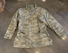 MILITARY ALL WEATHER WATERPROOF JACKET SIZE L/XL
