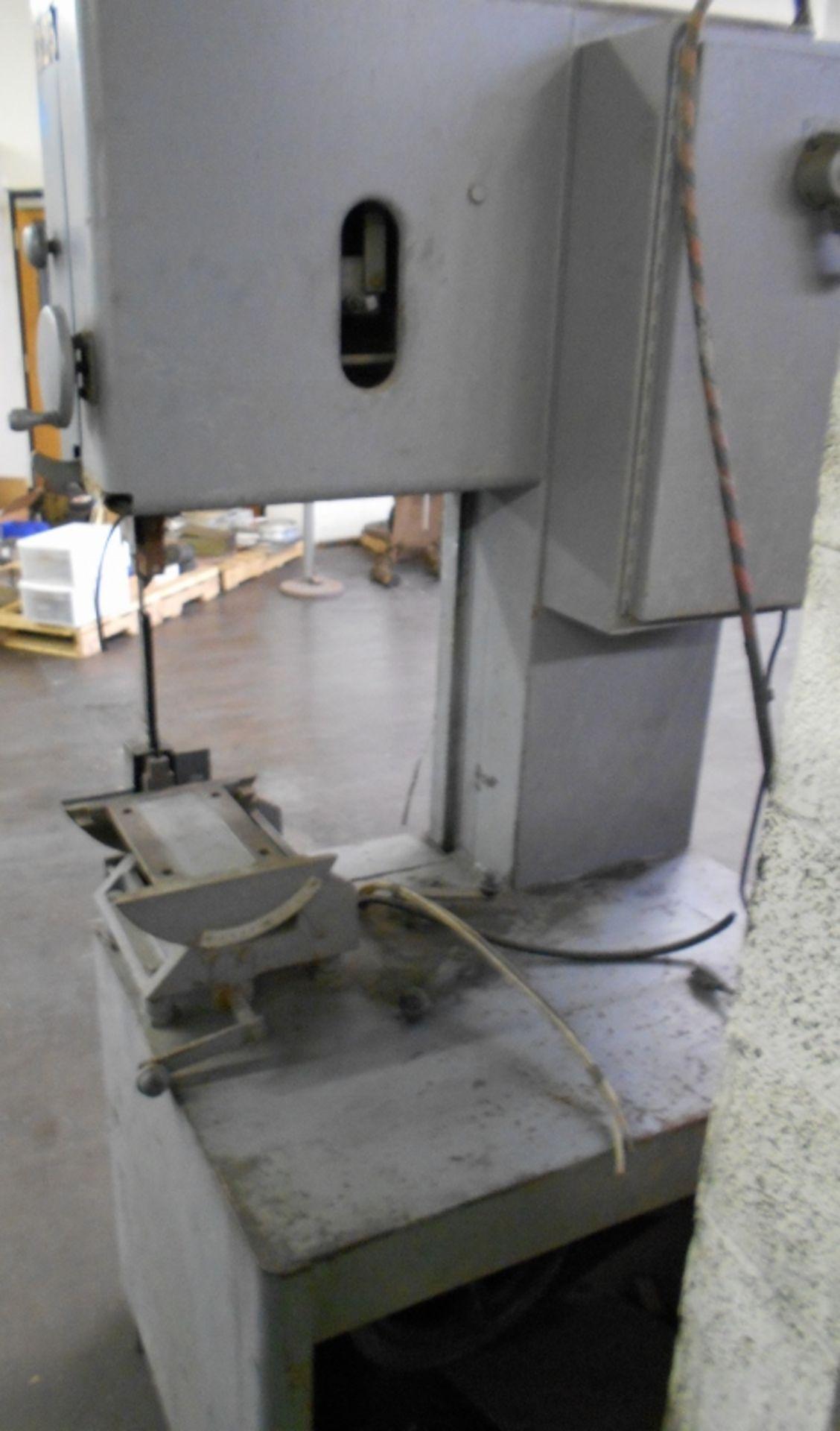 "Lot 21 - GROB 18"" Metal Cutting Vertical Bandsaw Band Saw Model #4V-18 Serial #2543"