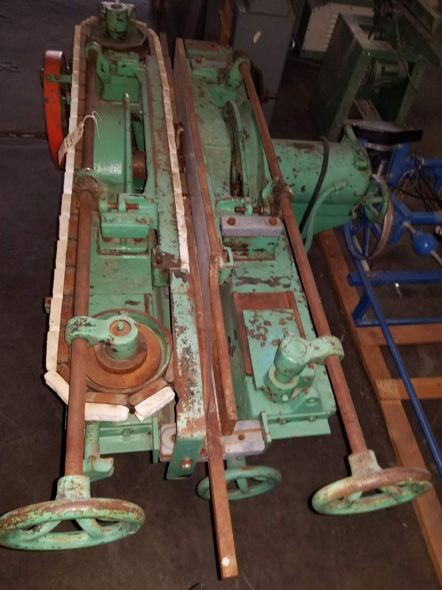 Lot 49 - Wilkin-Challoner Single End Panel Raisers #116, Machine is equipped with 5 hp main head motor and