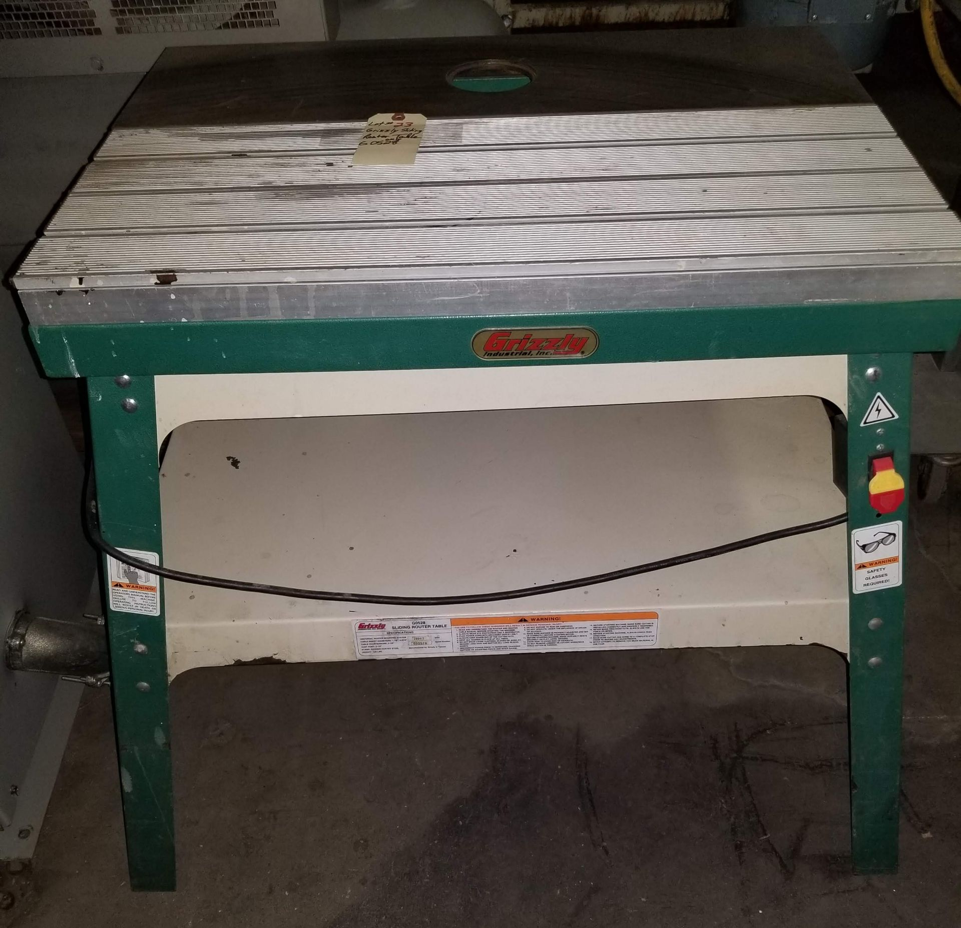 Lot 23 - Grizzly Sliding Router Table, Model # G0528, Cast iron table, Accepts practically any brand of